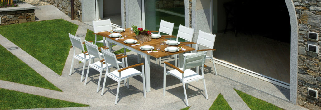 Mobili da giardino roma stilisti di spazi aperti tavoli for Mobili scontatissimi